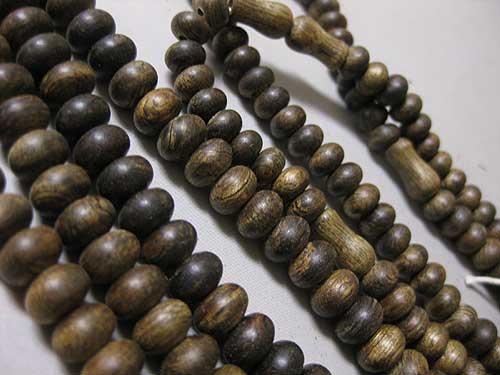 沈香 二双法華の数珠